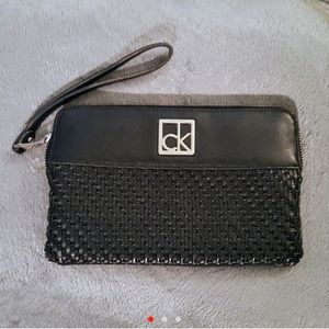 Calvin Klein Black Zipper Wallet Clutch